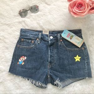 LEVI'S 501 high rise distressed denim shorts jeans